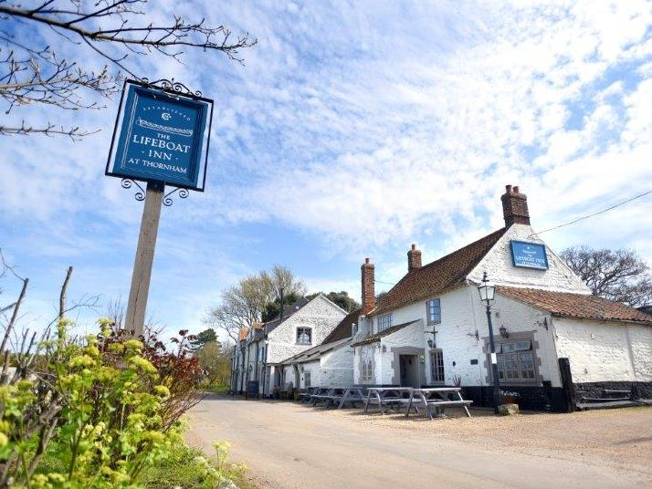 Coast pub in Norfolk